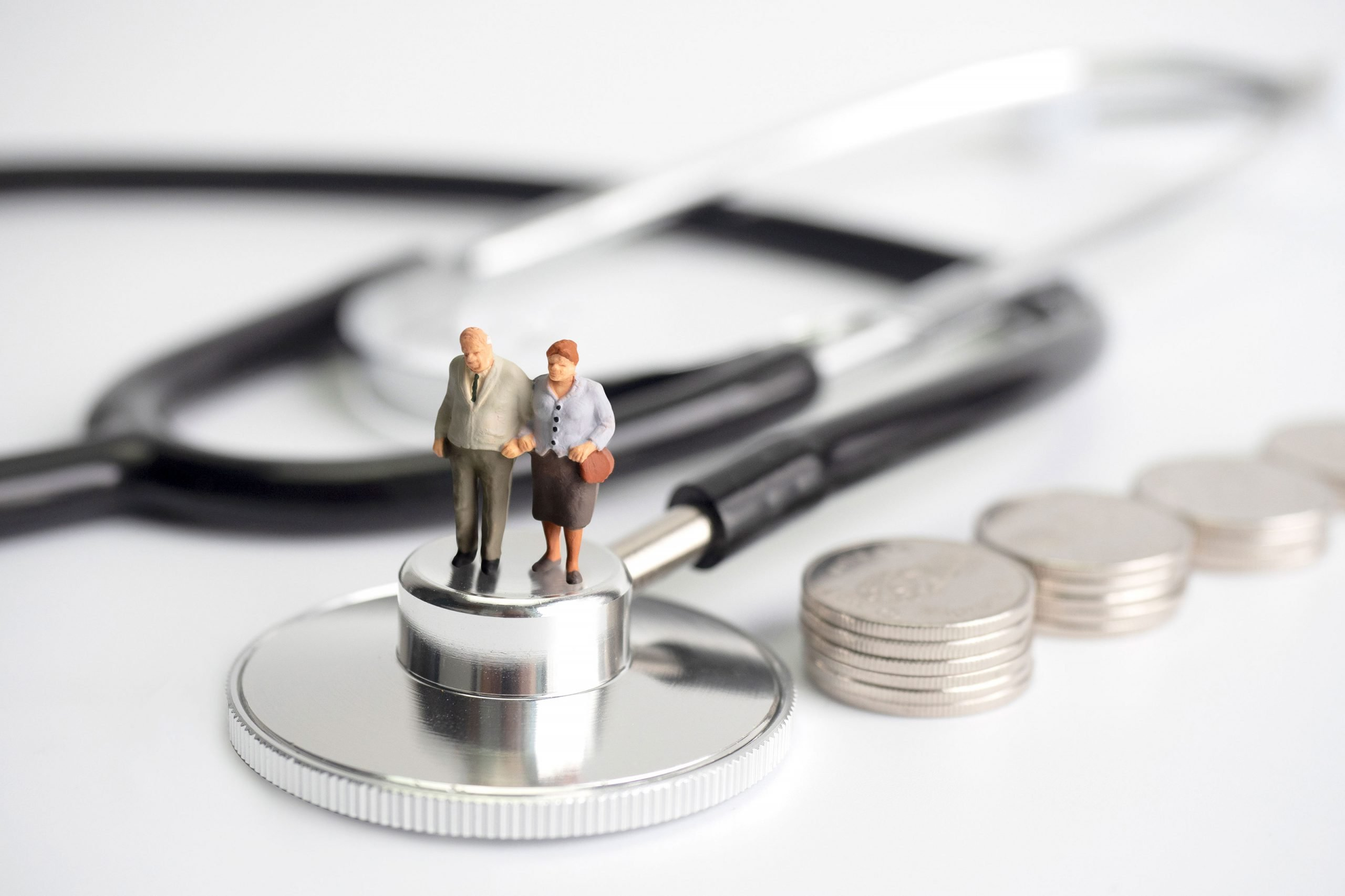 How to save money on health insurance premiums - Save on ...