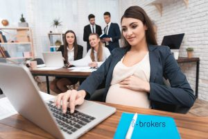 manage pregnant employees in the workplace